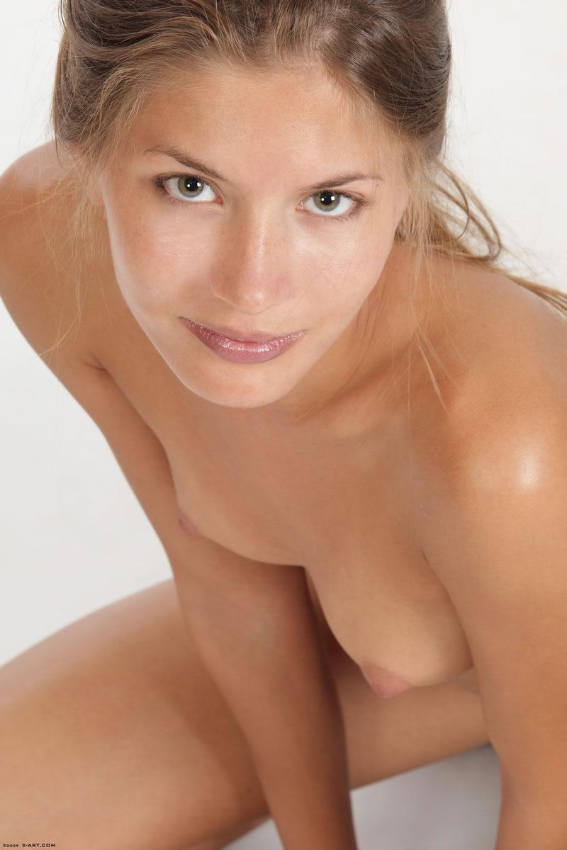 Nude sofia Sofi A