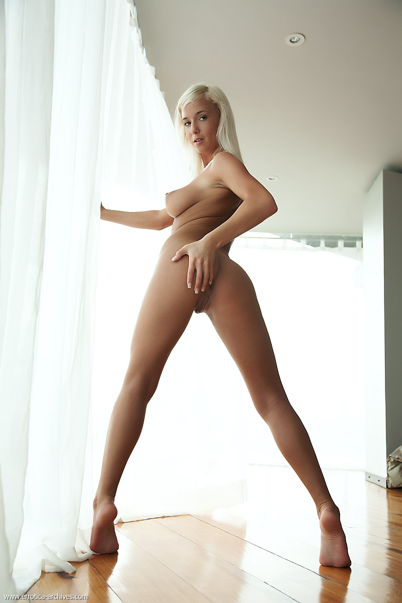 New girl model nude - Porn archive