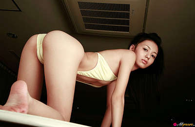 Aino Kishi in TBS from All Gravure