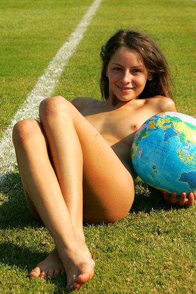 Vika World Famous