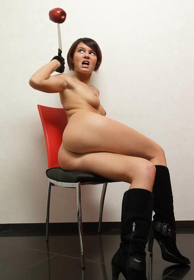 Viktoria in Dangerous from Mpl Studios