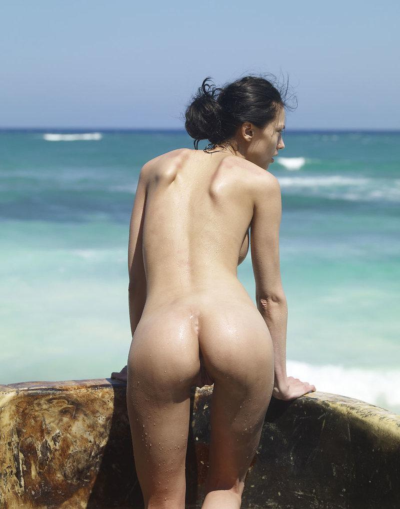 Anna ewers nude sexy
