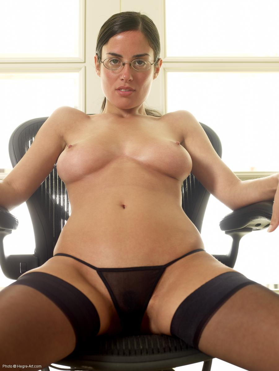 Muriel nude