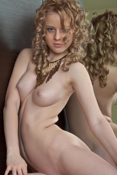 Sasha R Reflekto
