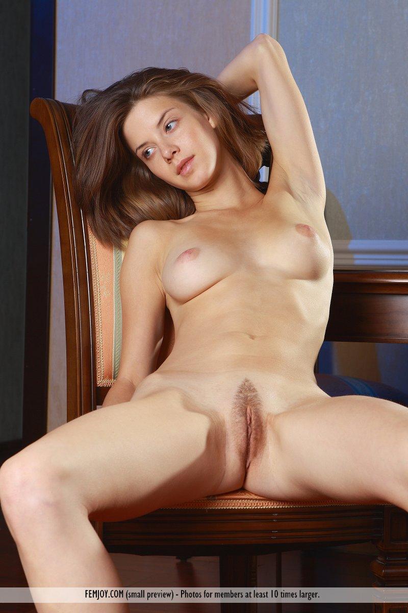 https://k5x5n5g8.ssl.hwcdn.net/content/130103/femjoy-danica-between-her-legs-03.jpg
