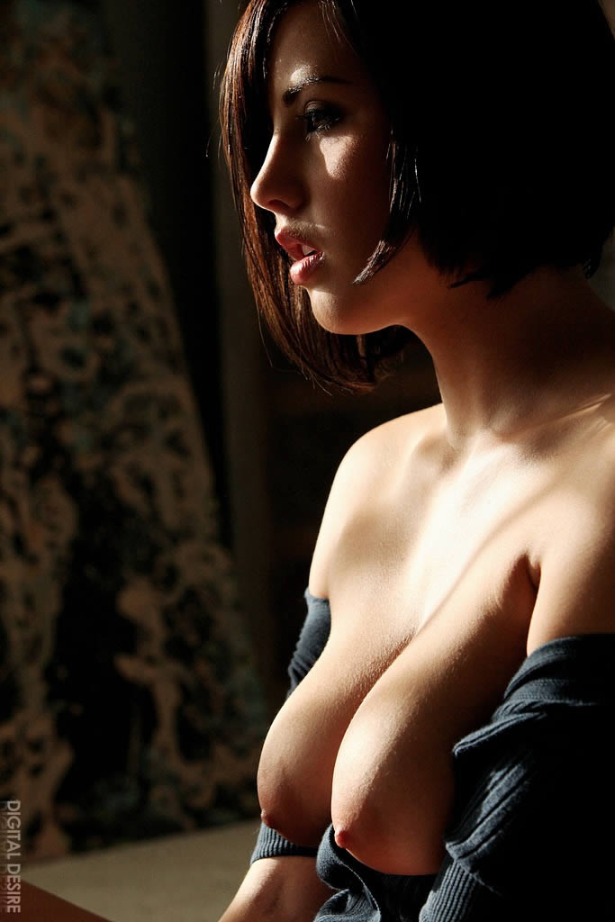 Brooke Adams  nackt