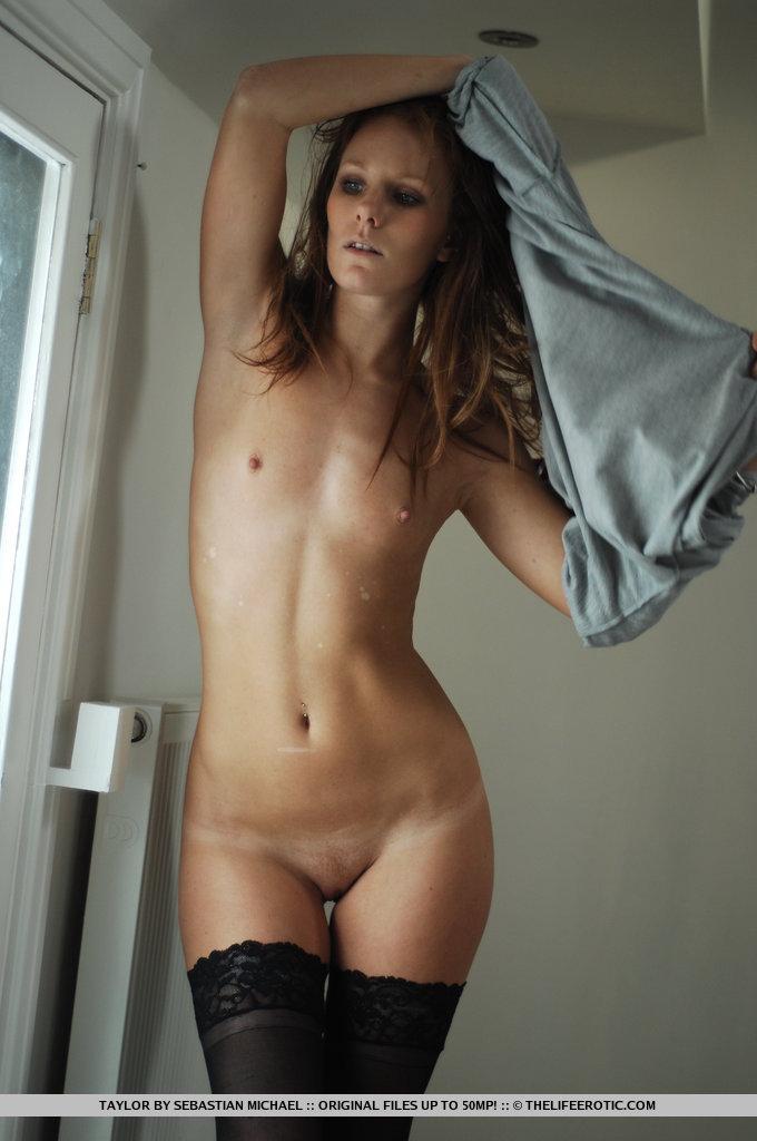 Taylor Love  nackt