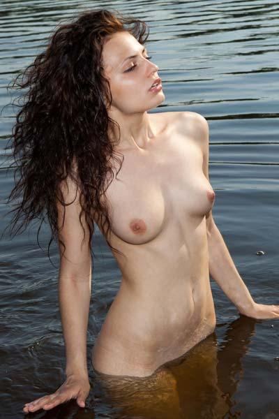 Anya Warm Water