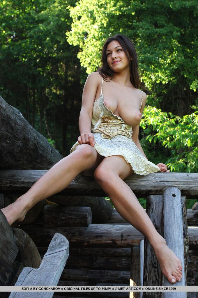 Sofi a nude