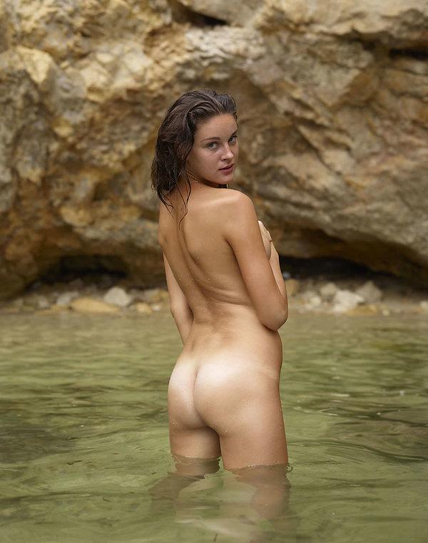 Brook Shields Blue Lagoon Nude Scene