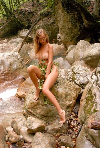 Zina in Cascade from Zemani