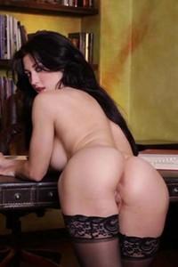 Stefanie Knight Heating Up Video