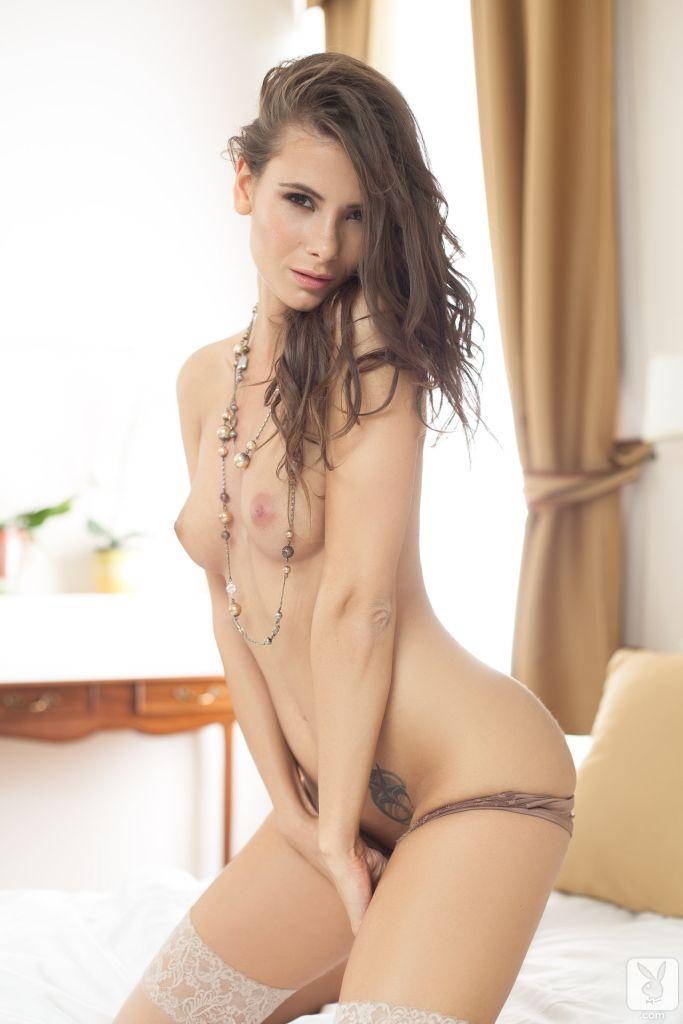 Miranda cosmo naked