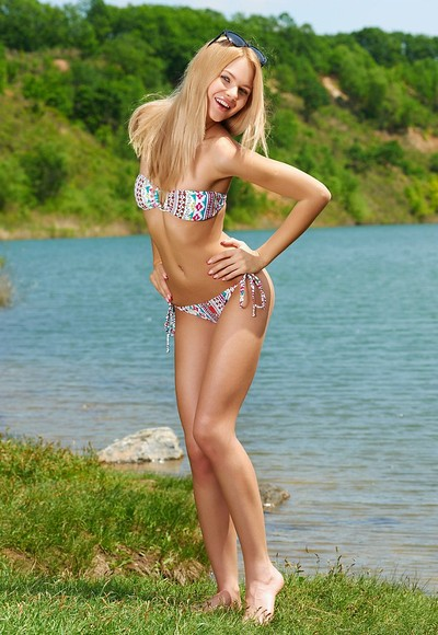 Talia in Emerald Lake from Mpl Studios