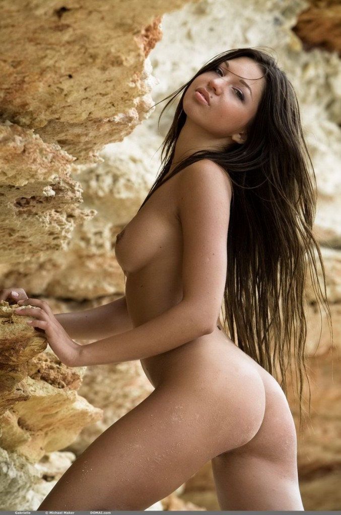 Gabrielle union stuns in nude bikini, admits hot take shot