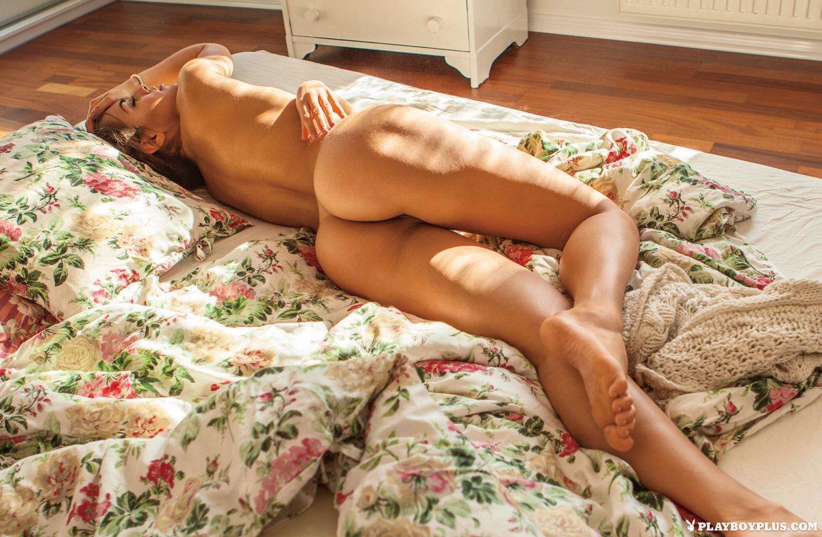 Anita Sikorska  nackt