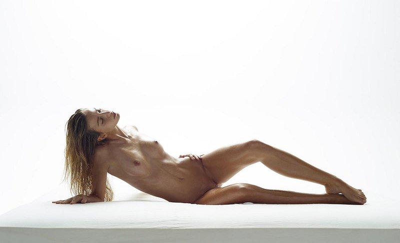 Penelope Cruz Naked Photos