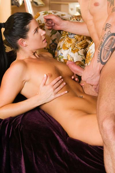 India Summer gets so horny when she sees Joey Brass
