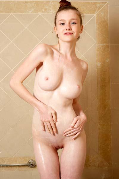 Hegre Emily Showering Sensation Pt. 2