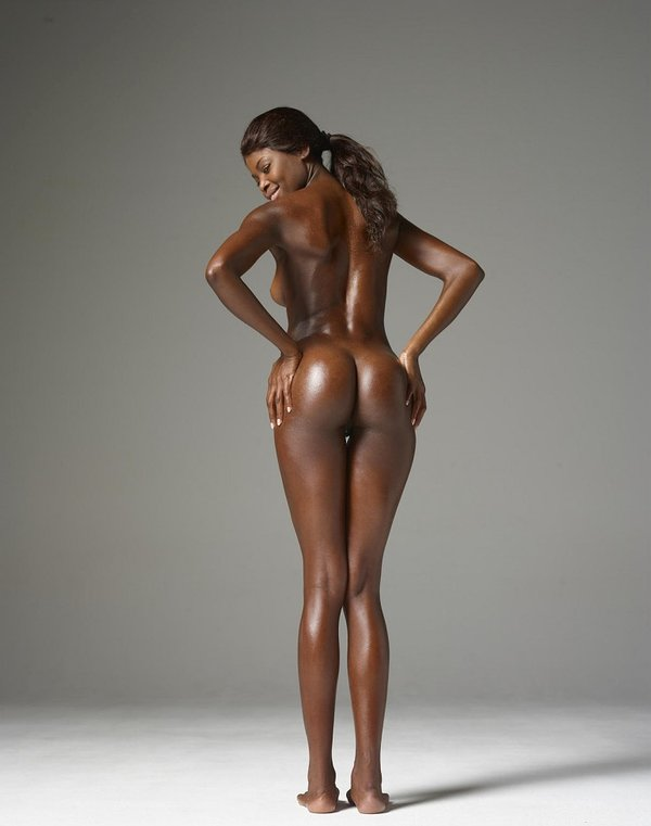 Hot And Sexy Naked Dark Skin Girls
