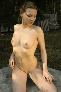 Shameless and confident Sveti nude and naughty