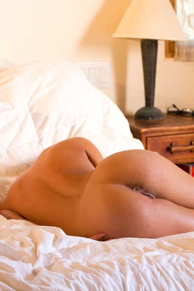 Rahyndee James Bends Over The Bed
