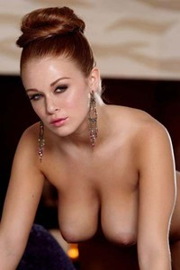 Breathtaking beautiful Leanna Decker nude