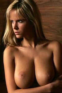 Zuzana shows her amazing breasts