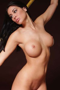 Rachelle has a perfect body to display