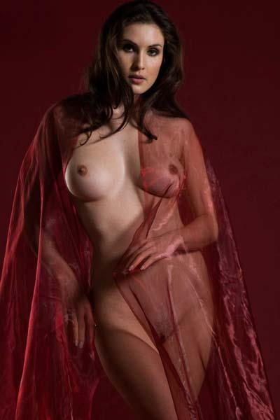 Erotical goddess Petula