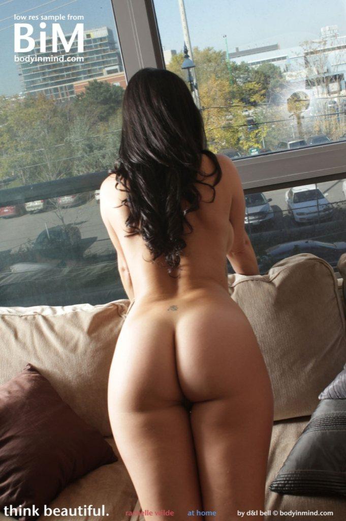 Naked wilde Olivia