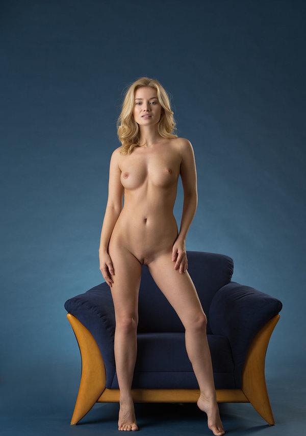 Very beautiful gabby nude around the house