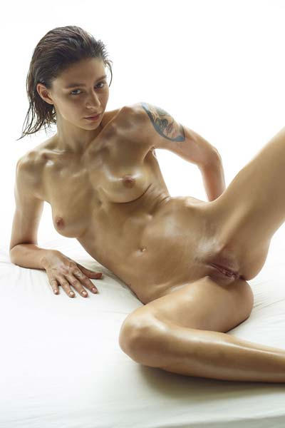 Perfect perky babe Rose poses nude for you