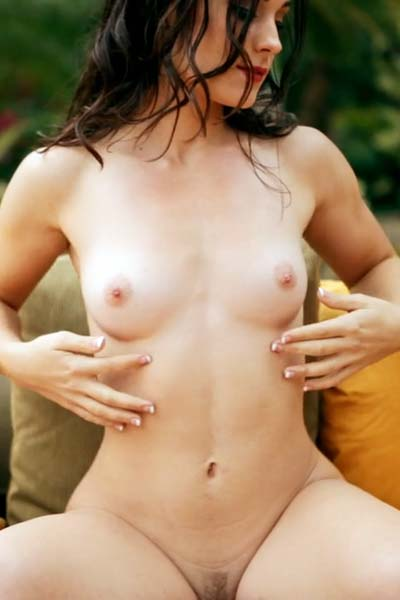 Hanna Rai Hot Summer Night Video