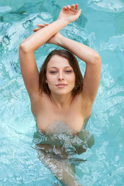 Natural beauty Nikia displays her amazing perky body
