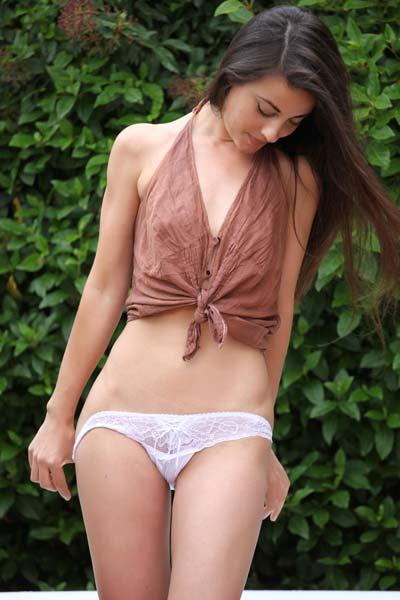 Perky Lorena G reveals her sexy perky body outdoors