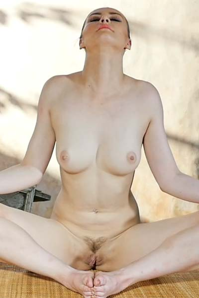 Skylar Leigh Namaste Video