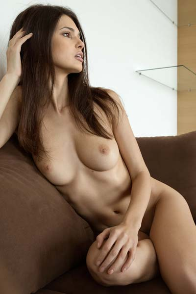 Hot diva Jasmine A reveals her naked gorgeous body on the couch