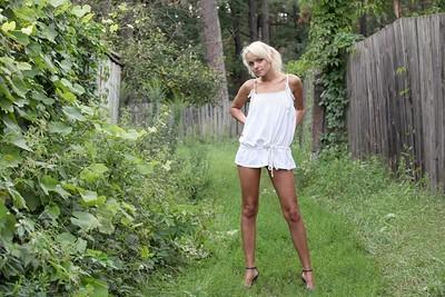 Milena in Tender grass from Zemani