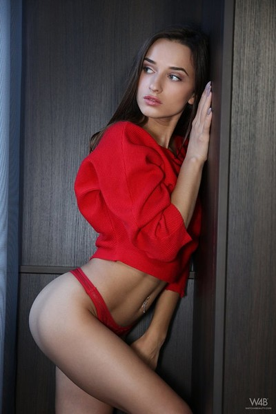 Sophia in Incredibly Sexy from Watch4Beauty
