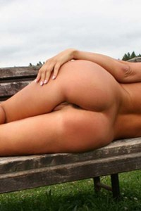Wonderful curvy Kate poses naked for a magazine in the countryside