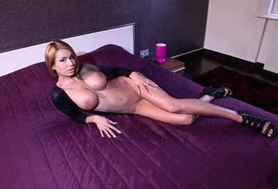 Valeria in Purple Haze from Photodromm