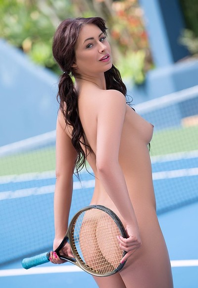 Noemi Moon in Love set match from Playboy