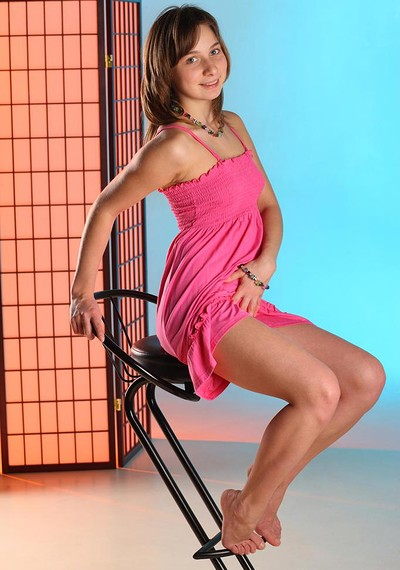 Jenny D in Folding Screen from Stunning 18