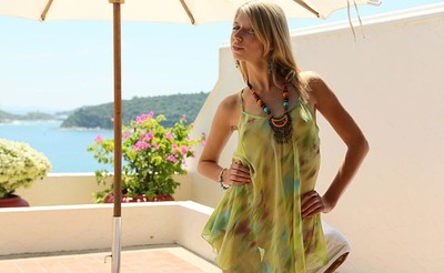 Wendy in Tropical Sun from Stunning 18