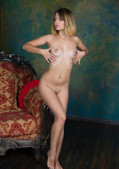 Veronica in Presenting Veronica from Stunning 18