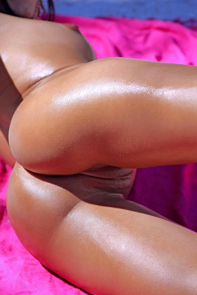 Flexible mistress dazzles by spreading legs to reveal clean shaved pussy and butthole