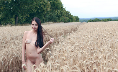 Vanessa in Feeling Of Freedom from Showy Beauty