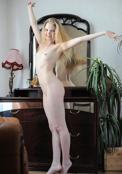 Kisa in Sexy Blonde from Showy Beauty