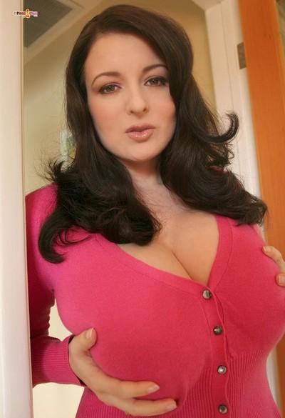 Lorna Morgan Nude in Tight Pink Sweater Top - Free Pinup